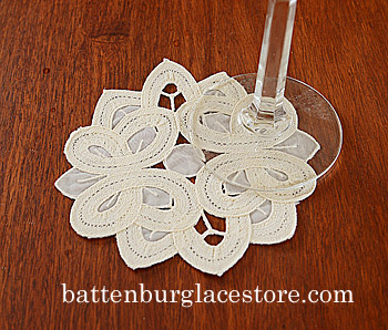 "Round doilies. Christina Crystal Lace.4"".Pearled Ivory.12 pieces"