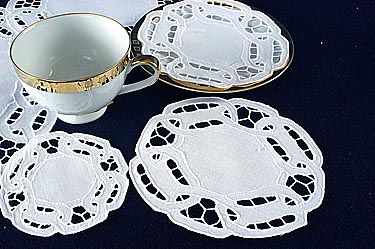 "Dynasty doilies. Round 6"". White (12 pcs. set)"