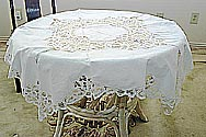 "Old Fashions Battenburg Lace Square tablelcoth. 36"". White color"