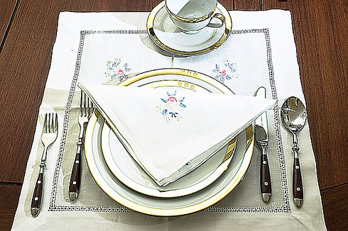 "Rose Embroidered Placemat with napkins. 18"" square ( 1 set) - Click Image to Close"