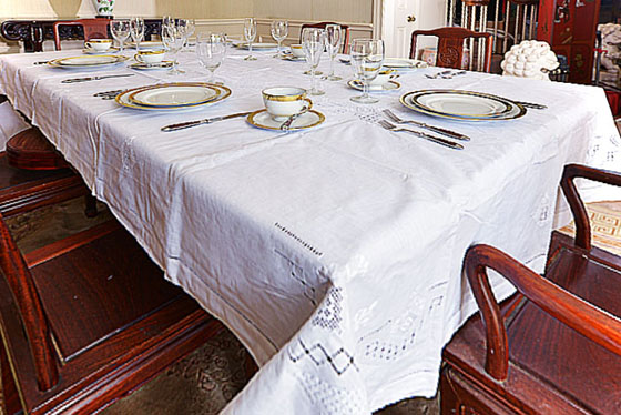 "Luxemburgh Tablecloth 65""x126"" White color"