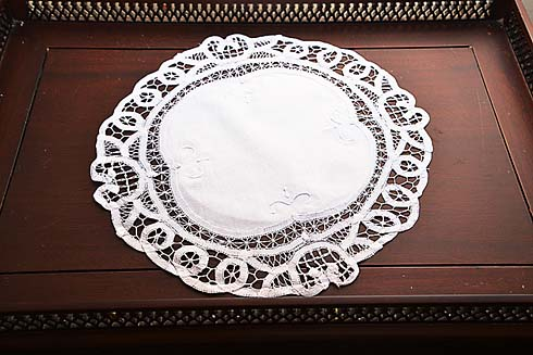 "Battenburg Round Placemat. 14"" round. white color 12 pieces pack"