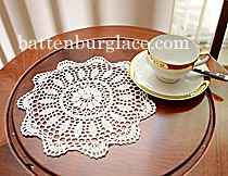 "Crochet Lace. Sun Flower. Round. 12"". White (4 pcs. set)"