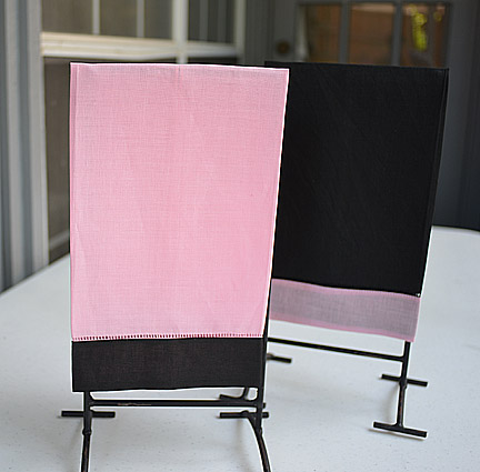 Guest towel Pink with Black color border