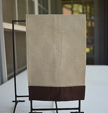 Guest towel Taupe with Brown color border