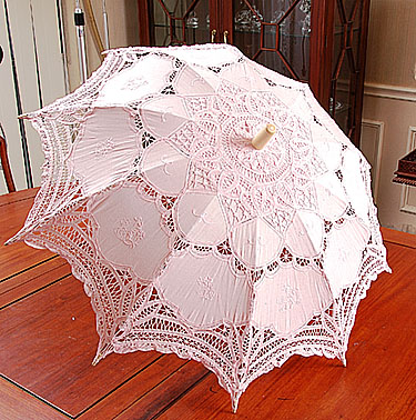 Battenburg Lace parasol. Light Pink color. 18in. Cotton.