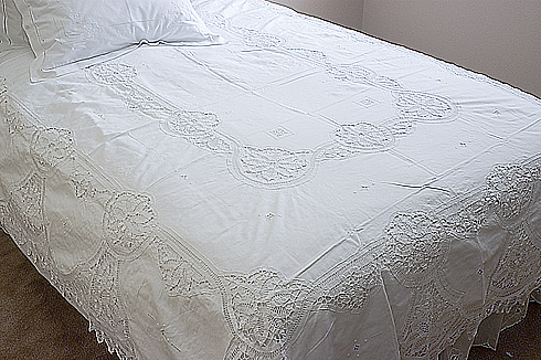 Old Fashioned Battenburg Lace Full Size Bed Coverlet.