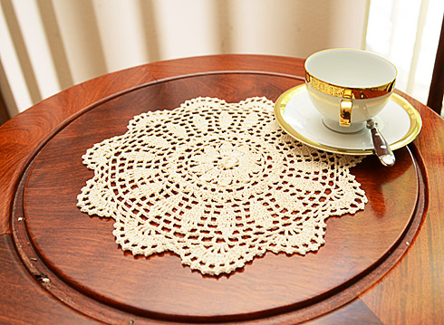 "Crochet Round Doilies. 10"" Round. Wheat color. ( 6 pieces)"