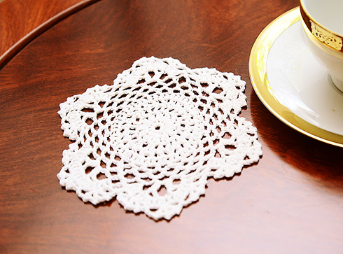 "Crochet Round Doilies. 6"" Round. White color. 12 pieces pack"