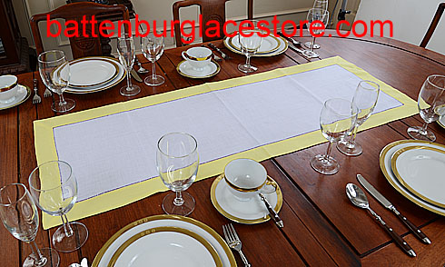 Table runner. White with Limelight (yellow) 16x45""